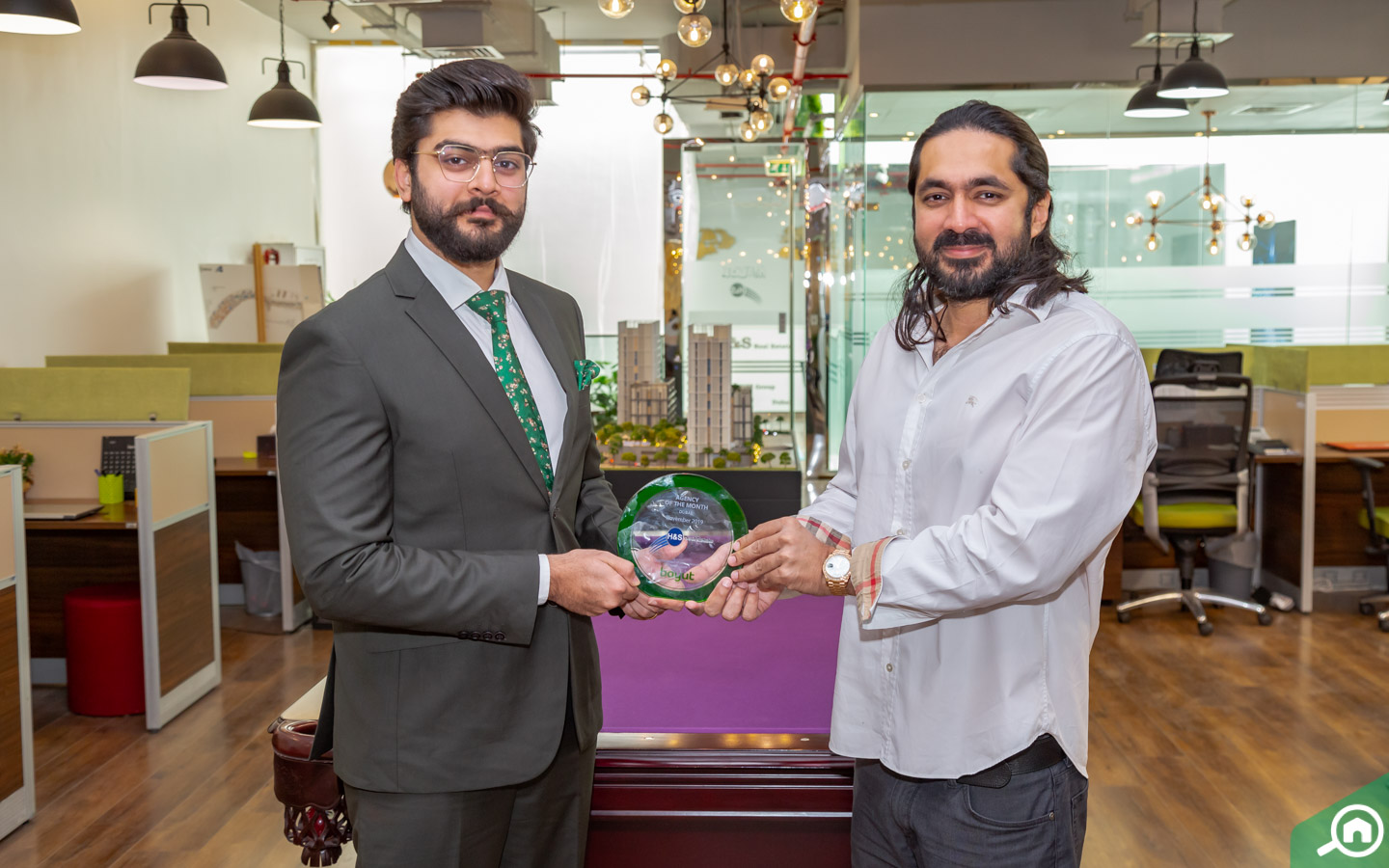 Dubai Agency and Agent of the Month November 2019: Congratulations H&S Real Estate!